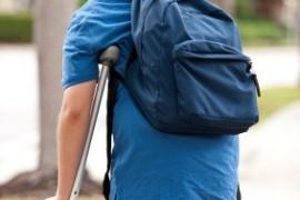 ¿Que hacemos si tenemos en nuestro patio inclusivo un niño o niña que usa muletas?